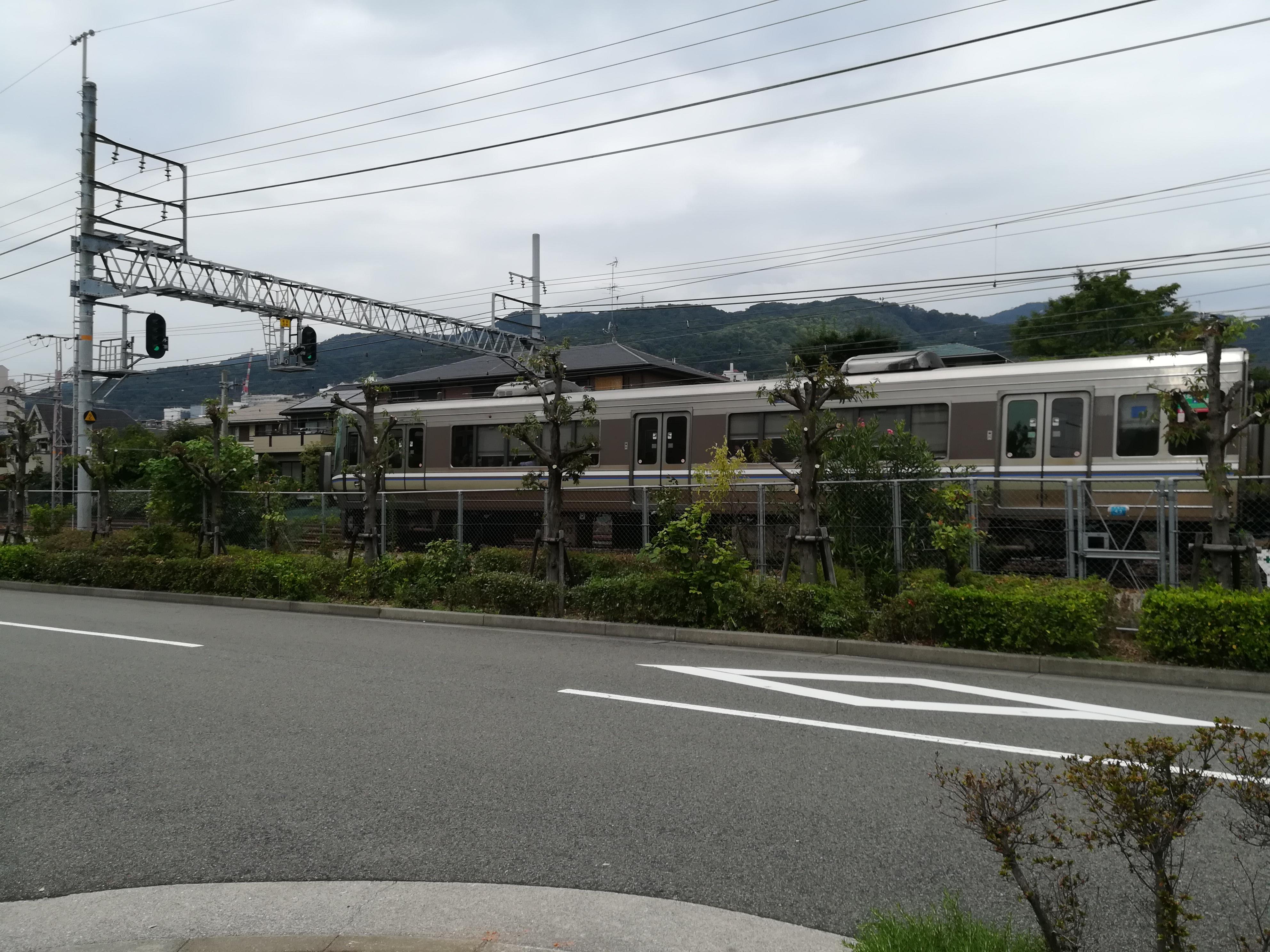 【自転車で】小鉄が喜ぶ!芦屋市内で電車の見える公園を探してみた。