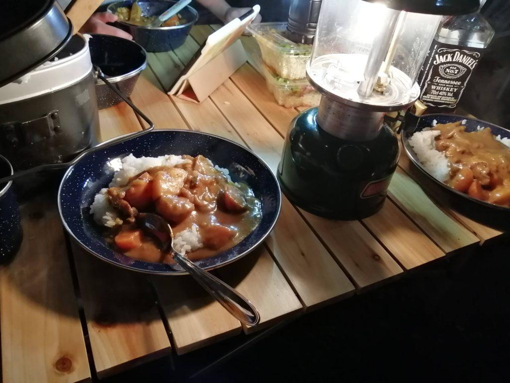 キャンプ飯 カレー
